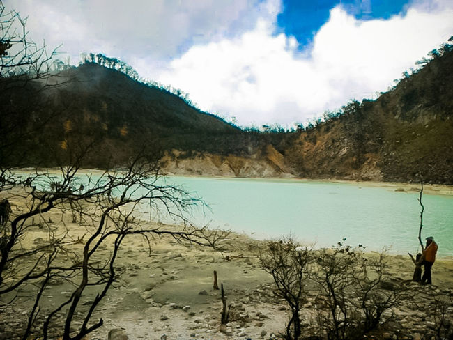 White Crater Crater Ciwidey Mountain Lake Water Nature Outdoors Majestic Beauty In Nature Bandung INDONESIA Eyeem ındonesia EyeEm Indonesia Goodvibes Taking Photos Nature Photography Hello World Vacations My Favorite Place People And Places
