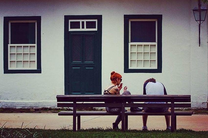 Walking by Parati, Rio de Janeiro, Brazil. . Foto: Ale Silva © @focofixo_alesilva Photooftheday Photo Art Everydayusa Parati Streetphotography UrbanART Composition Everydaybrasil Capture Instalike Moment Everydaylatinoameria Instacool Love Canon Instago