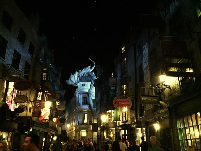 Diagon Alley Harry Potter ⚡ Harry Potter Gringotts Dragon Gringotts