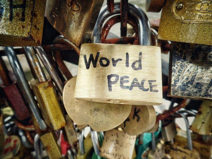 43 Golden Moments Gold Locker Open Edit Objects Streetphotography Paris Peace 😉