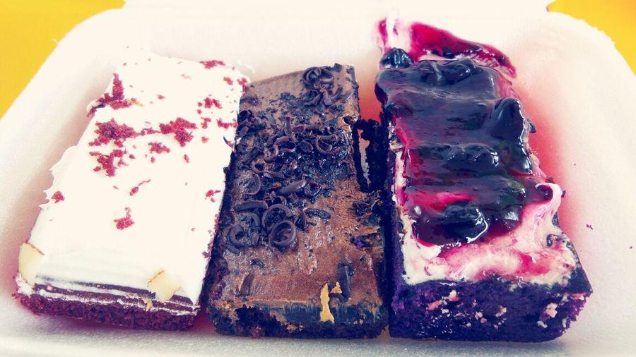 redvelvet, chocolate, blueberry CAKES ♡♥ Food Porn Nyummy Lovetoeat