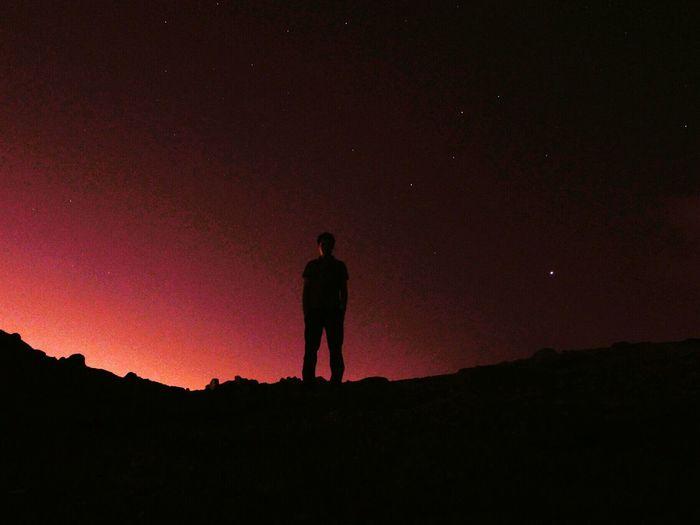 ترسم در این دلهای شب ازسينه آهی سرزند / برقی زدل بيرون جهد آتش به جایی در زند