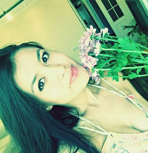 Hello World Flowers Enjoying Life Eyes Model Selfie Relaxing Check This Out Happy Love