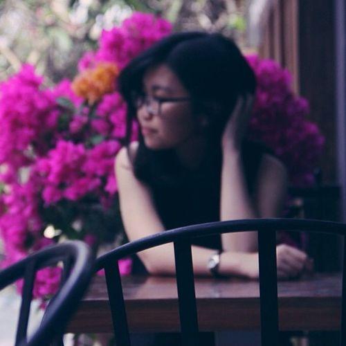 @dit.laiiiii focus đúng chỗ ghê ha :)) Racheltnoir Bougainvillea