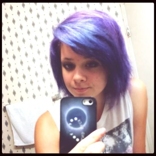 I kinda miss my purple hair Purple Hair Dont Care Cute Selfie ✌ Lesbian
