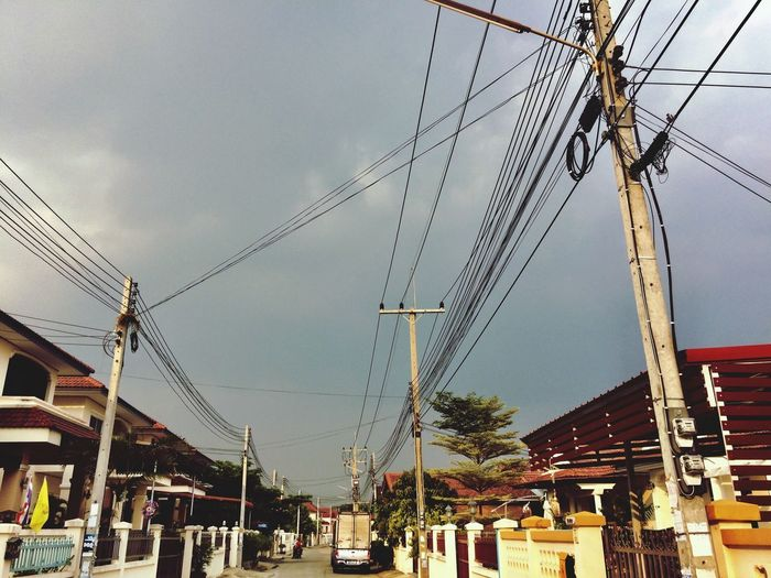 Sky Outdoors Cable Low Angle View Day No People