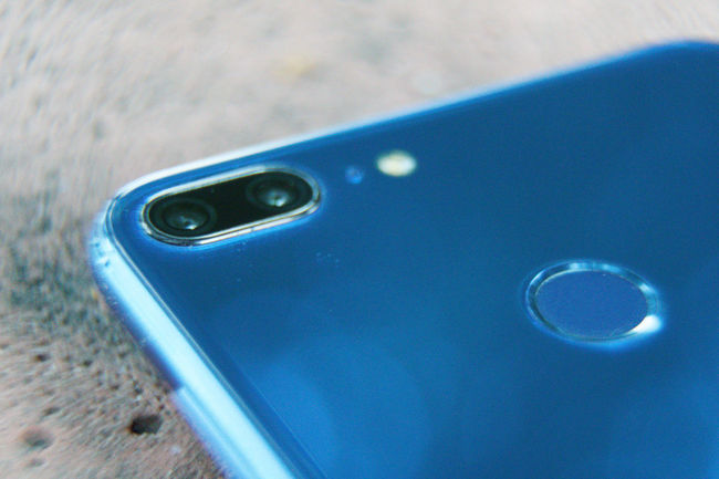 Close-up cell phone Business Camera Mirror Mobile Phone Reflection Blue Cell Phone  Cellphone Photography Close-up Communication Connection Day Defocused Finger Print Focus On Foreground High Angle View Macro Metal Mobile Phone No People Outdoors Portable Information Device Selective Focus Single Object Smart Phone Still Life Table Technology Turquoise Colored Wireless Technology