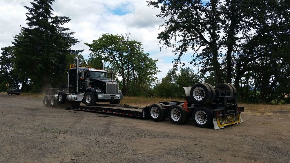 Big Rig Day Land Vehicle Mode Of Transport On The Way Oregon Sky Stationary Tree Work