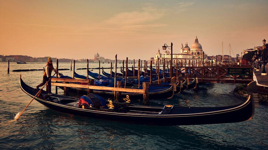 Gondolier Cultures Gondola - Traditional Boat Gondolier Scenics Tourism Tranquil Scene Travel Travel Destinations Vacations Ve Venezia Venice Venice, Italy Water