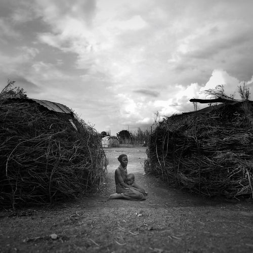 Africa Ethiopia AfricanStyle B&w Africanlife African Village first eyeem photo African Omovalley Daasanach Africans Motherhood Motherhood Moments EyeEmNewHere Black And White Friday