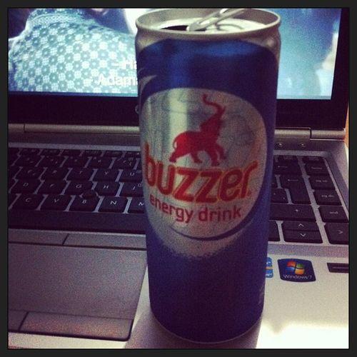 Buzzer Energy Drink ile Gece baslar istanbul