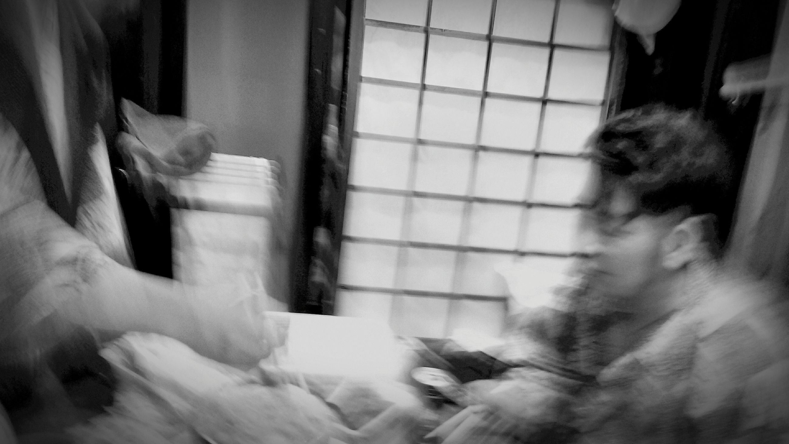 blurred motion, indoors, real people, two people, women, human hand, day, close-up, people