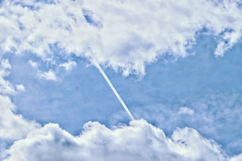 Good morning everybody 🌷 It was such a beautiful day... Vapor Trail Sky Flying Cloud - Sky Day Low Angle View Airplane Nature No People Outdoors Air Vehicle Blue Scenics Plane Commercial Airplane Beauty In Nature Airshow Contrail Skyscape Cloudscape The Great Outdoors - 2017 EyeEm Awards Nature On Your Doorstep EyeEm Nature Lover Eye4photography  Check This Out