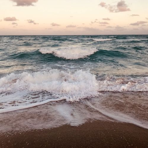 Beach Beauty In Nature Flowing Water Horizon Over Water Motion Power In Nature Sunset Tranquil Scene Wave