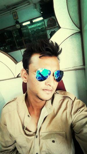 was searching for dog den sum1 cmd n said dogs r found in MALKAPUR ???Selfie ✌ Toomuchwork