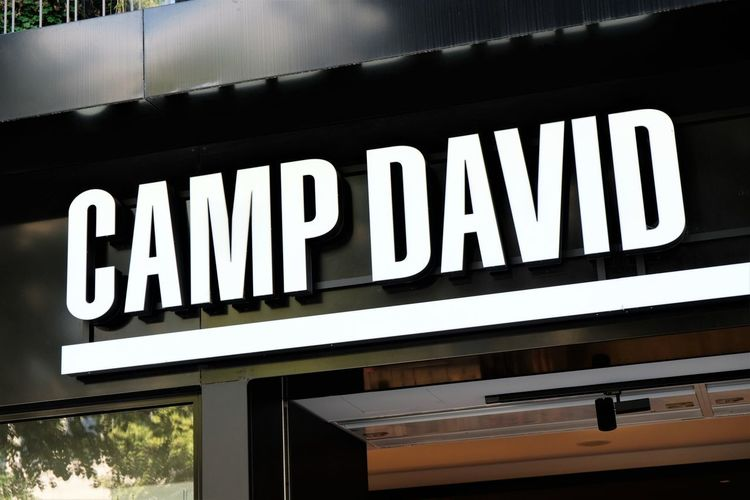 Camp David clothing store signage Clothes Store Shopping Shopping Center Shopping ♡ Signage Brand Camp David Clothes Shop Clothes Shopping Clothing Shop Clothing Store Influencer Shop Shopaholic Shopping Centre Shopping Mall Shopping Time Store