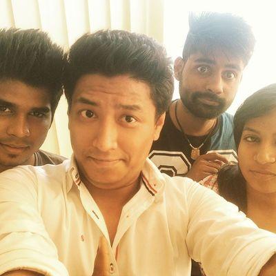 Selfie Monturavfx Office Friends Pune