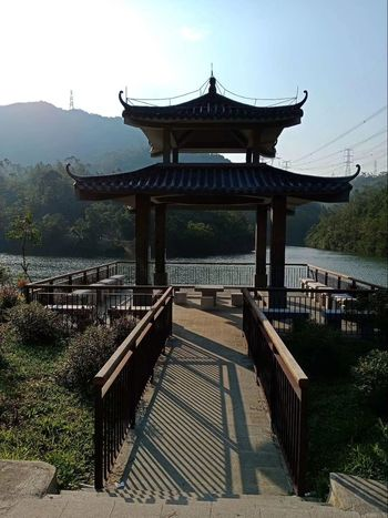 Morning Glory Edenmandom Morning Jogging Ancient Civilization Water Roof Lake History Wood - Material Place Of Worship Gate Sky Architecture