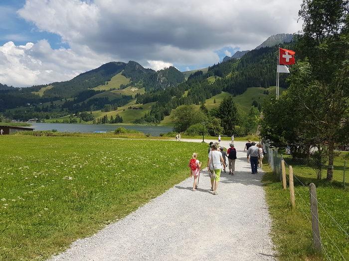 Flag Mountain Real People Outdoors Switzerlandpictures Travel Destinations Myswitzerland Freiburger Alpen Walking Schweiz 🇨🇭,