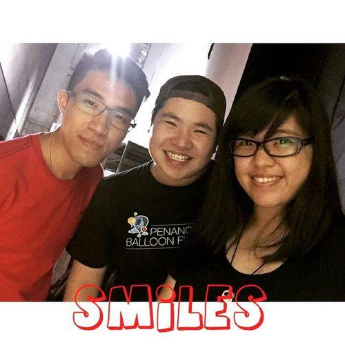 生活需要微笑,人与人之间也需要微笑,给予别人,给予你自己。 微笑,不仅仅是一的动作,它给予的,或许是黑暗中的一盏明灯,寒冷中的一丝温暖。 笑一笑😊😊用心的笑,你会发现,生活是那么的美好~ 微笑 開心的一天 團結就是力量 Love friend bff worktogether smiles thinkaboutit hope volunteering bigsmileonmyface