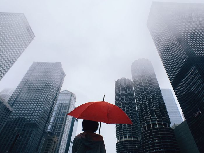 Umbrella Chicago Fog Cityscapes Urban Landscape Visual Trends SS16 - Urbanity The Architect - 2016 EyeEm Awards Fresh On Market 2018