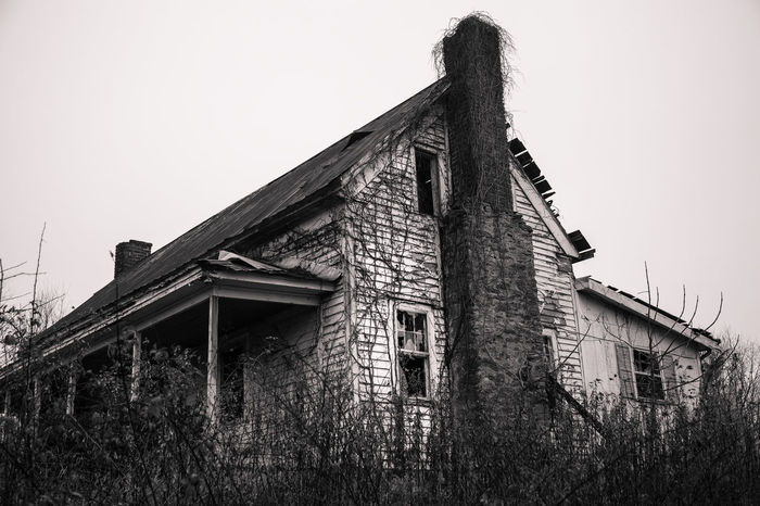 Old Farmhouse Abandoned & Derelict Abandoned Architecture