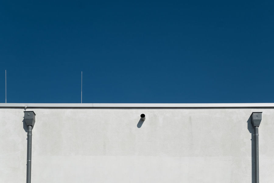 Bluepartsimplicity Architectural Detail Architectural Feature Architecture Architecture_collection Blue Building Exterior Buildings & Sky Built Structure Cityexplorer Clear Sky Copy Space Minimal Minimalism Minimalist Minimalistic Minimalobsession No People Pattern, Texture, Shape And Form Simplicity Symmetry Urban Geometry Urbanphotography Wall Wall - Building Feature Fresh On Market May 2016 Fresh On Market 2016