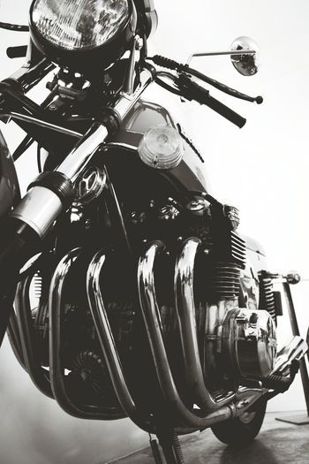 Capa Filter 6 Cylinder Black & White Motorcycles