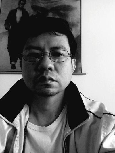 B4 2015 First Eyeem Photo Black And White Portrait Self Portrait That's Me EyeEm Bnw Selfie Bnw_collection Black & White Monochrome Blackandwhite