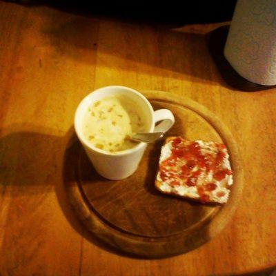 Un Rico Desayuno para arrancar bien arriba la mañana! Cafe y Tostadas Coffee & Toast
