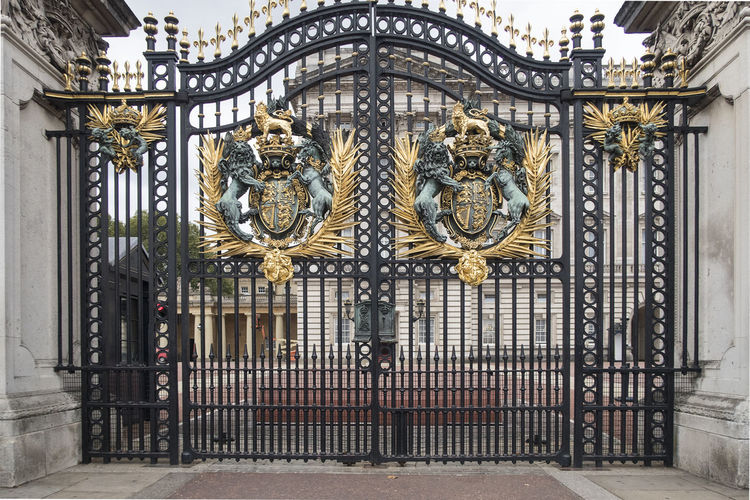 London, United Kingdom - October 11, 2018; Close up of the Gate of Buckingham palace with rich golden ornaments Gate Buckingham Palace Travel Destinations Building Exterior Building Entrance Gold Colored United Kingdom Tourism History Built Structure