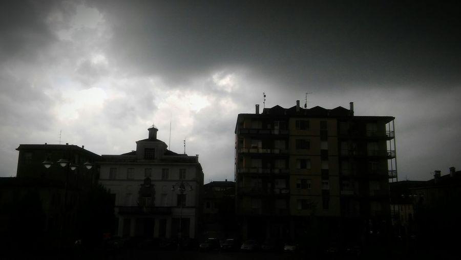 Casalpusterlengo Piazza Del Popolo Temporale Nature Hello World