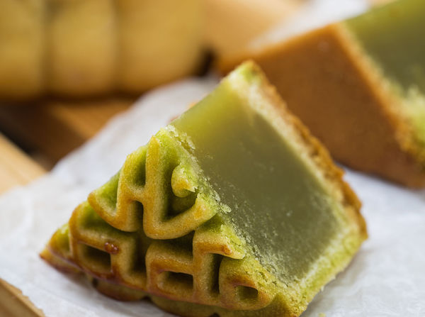 In the Chinese tradition, the Mid-Autumn Festival, people need to eat moon cake. Close-up Day Food Food And Drink Freshness Green Color Indoors  No People Plate Ready-to-eat Sweet Food Table