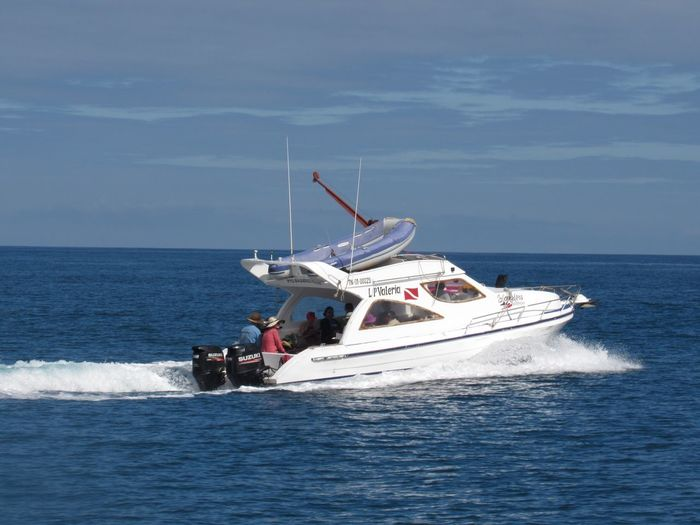 Dive boat to kicker rock Sea Nautical Vessel Horizon Over Water Water Transportation Mode Of Transport Waterfront Sky Nature Day Outdoors Scenics Sailing Beauty In Nature An Eye For Travel