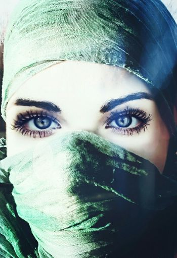 Artisticselfie Close-up Portrait Young Women Headshot Looking At Camera Eyes Are Soul Reflection Eyes Never Lie Woman Who Inspire You Woman Of EyeEm Womensfashion