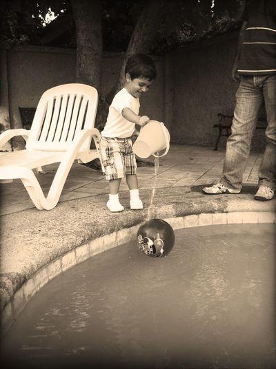 Playing at Piscina Playing