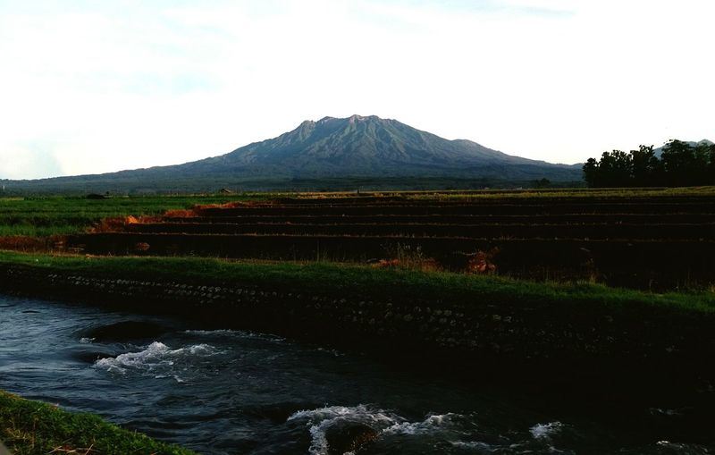 Raung mountain Water Mountain EyeEm Best Shots EyeEmNewHere Rice Field Raung Mauntain River Mountain Volcanic Landscape Lake Volcano Sky Landscape Mountain Range