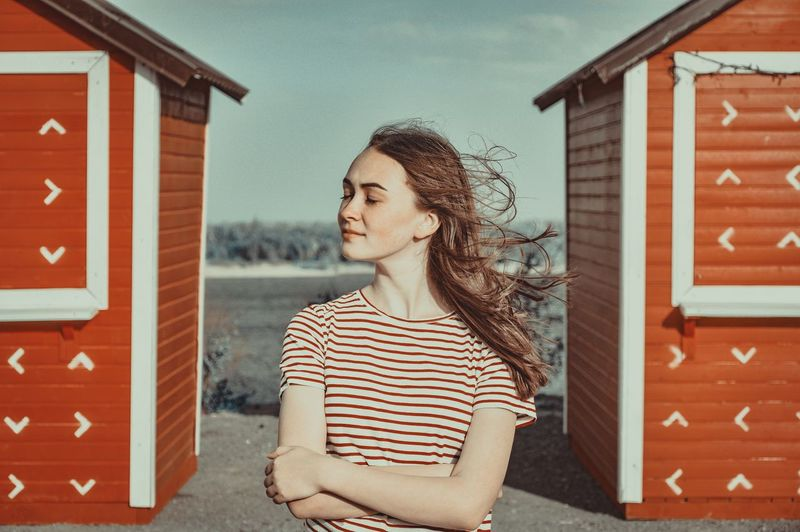 Standing Young Women Portrait Building Exterior Architecture Built_Structure Autumn Mood EyeEmNewHere This Is Natural Beauty The Modern Professional The Week On EyeEm Editor's Picks