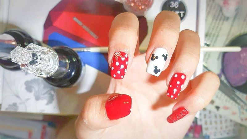 Fingernail Arts Culture And Entertainment Red Women Nail Art Multi Colored Close-up