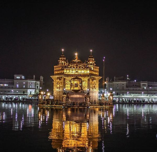 In guru's city, at Goldentemple Amritsar Waheguru Waheguruji Darbarsahib Swarnmandir Golden Punjab Sikhism God Guru Reflections Satguru Innerpeace Devotion Religion Punjabi Sikhi Nightphotography Lowlightphotography Instagold Ff_camera Canon700D EOS700D Canon canon_photos lightroom adobelightroom Welcome To Black