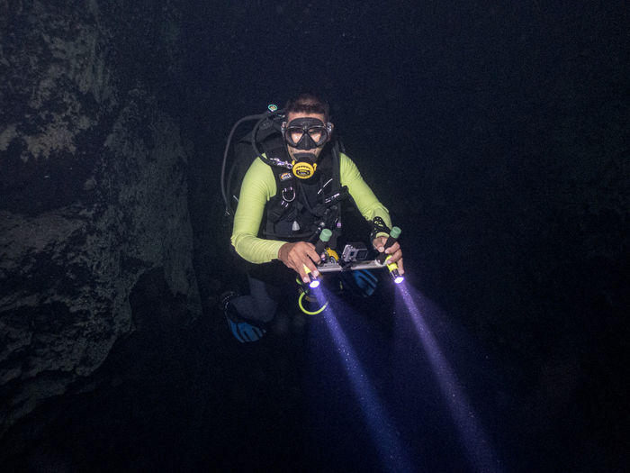 This is the time of my other travel passion. To dive. One thing that I love when I travel is diving, and diving with my friends is the best. This time it was in the cenote Cave of the fish in the province of Matanzas, Cuba. We were going through about 70 meters at the deep of 30 meters. It was really amazing to do it and the clear water allowed showing us everything inside the cenote. Cenote Cueva De Los Peces The Traveler - 2019 EyeEm Awards The Great Outdoors - 2019 EyeEm Awards 2019 EyeEm Awards Eyeem4photography EyeEm Selects EyeEm Gallery EyeEm Underwater EyeEm Best Shots Underwater UnderSea Water Sea