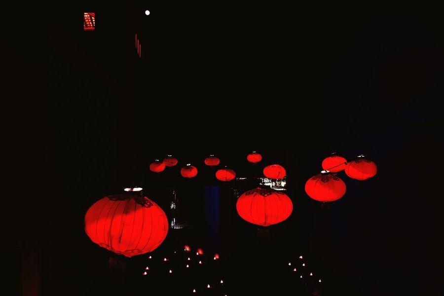 Lumos Celebration Chinese Lantern Lantern Lighting Equipment Cultures Chinese Lantern Festival Hanging Illuminated Night No People Traditional Festival Red IPhone Photography Exterior Design EyeEmBestPics Eye4photography  EyeEm Best Shots Building