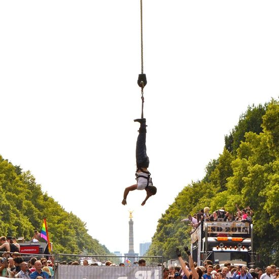 Christopher Street Day Bungee Jumping Bungee Bungeejump Streetphotography Berlin