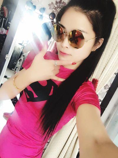 你们拍的照片都好美。 Hello World Enjoying Life That's Me Sportgirl Yogo 我是一个乐观积极向上的女子,热爱运动,热爱生活。