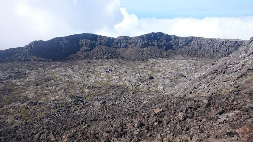 Cloud - Sky Mountain Nature Landscape Beauty In Nature Sky Day Outdoors No People Pico Pico Island Vulcano Pico Mountain Azores Rock - Object Crater