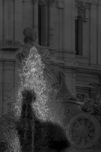 Cíbeles fountain, Madrid Architecture Art Building Exterior Cibeles Palace Madrid No People Outdoors Shadows & Lights Symbol The City Light Water