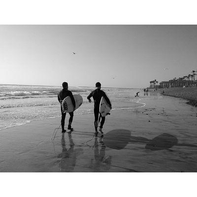 Surfers. Beach BeachVisuals Chillen Withbestfriend PotdVscoCamVscoCamPhotosOceansideHomeWavesHaveaRadDay