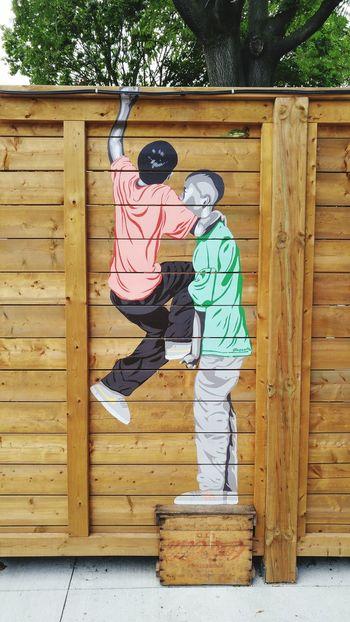 My friend, help me up. Human Representation Art Creativity Outdoors Wall - Building Feature Tiffphotography Toronto EyeEm Street EyeEmToronto Eye4photography  City Life City Graffiti Art Graffiti & Streetart Streetphotography Streetart