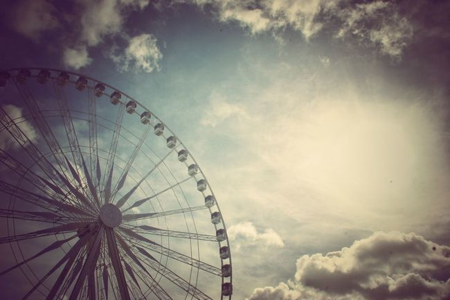 Showcase: April Perspective Eye4photography  Walkonthewildside Europe_gallery UrbanSpringFever Silhouette The Great Outdoors - 2016 EyeEm Awards Eye4colors Paris Ferris Wheel Clouds The Essence Of Summer Colour Of Life @eyemphoto
