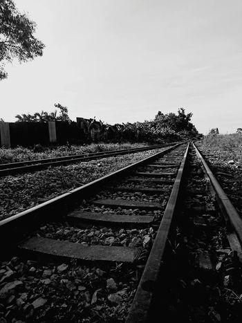 Far away Far Away FAR AWAY Rail Way Rail Black And White Hiendat Eyeem Collection Welcome To Black